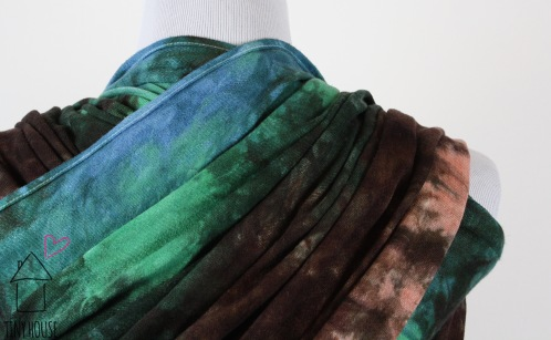 Didymos Natural Linen, dyed in a spiky low water immersion